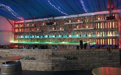 Exklusives Thekendesign / Cocktailbar in Holz